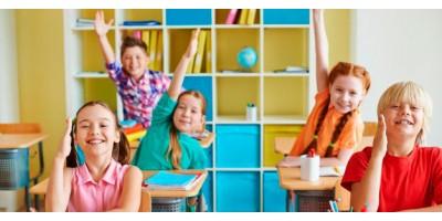 Школа - це весело! Гра - навчання + безкоштовний шаблон